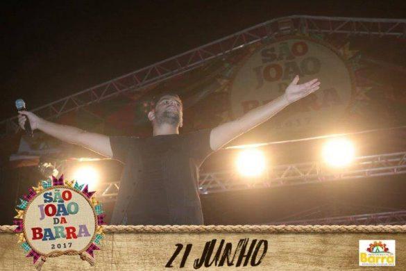 Primeiro dia do São João da Barra 2017 com Léo Magalhães
